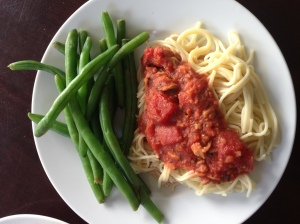 Linguine With Red Clam Sauce & Steamed Green Beans